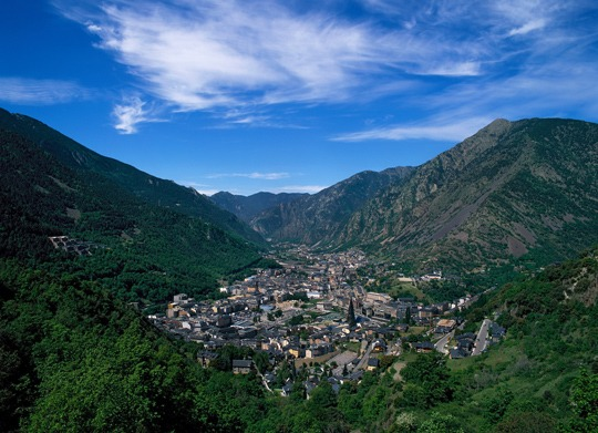 WHY CHOOSE ANDORRA?